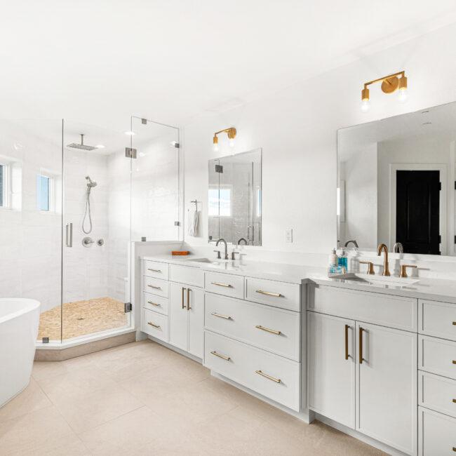 Custom Mountain Home -Primary Suite