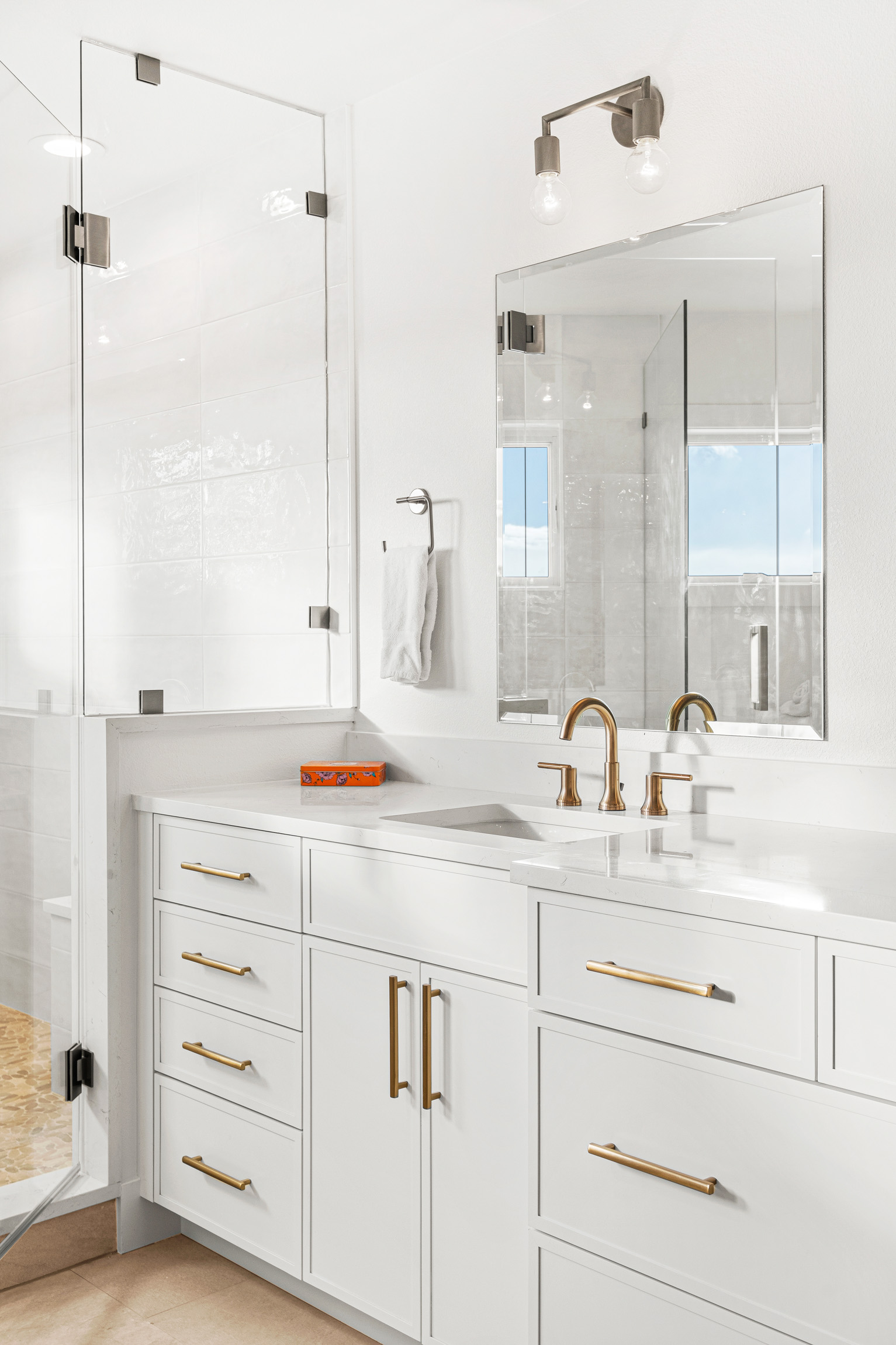 Custom Mountain Home - Primary Suite Vanity Detail