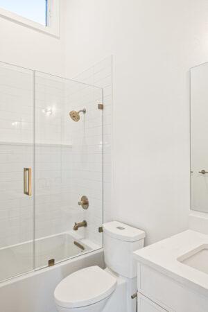 Custom Mountain Home - Full Bathroom